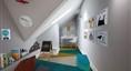 阁楼1带家具示范图